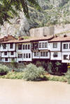 Ottoman houses and a Pontic tomb in Amasya